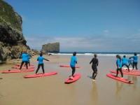 campamento de verano de surf llanes