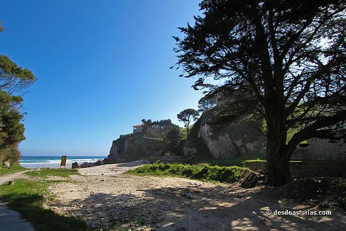 playa vidiago escuela surf llanes